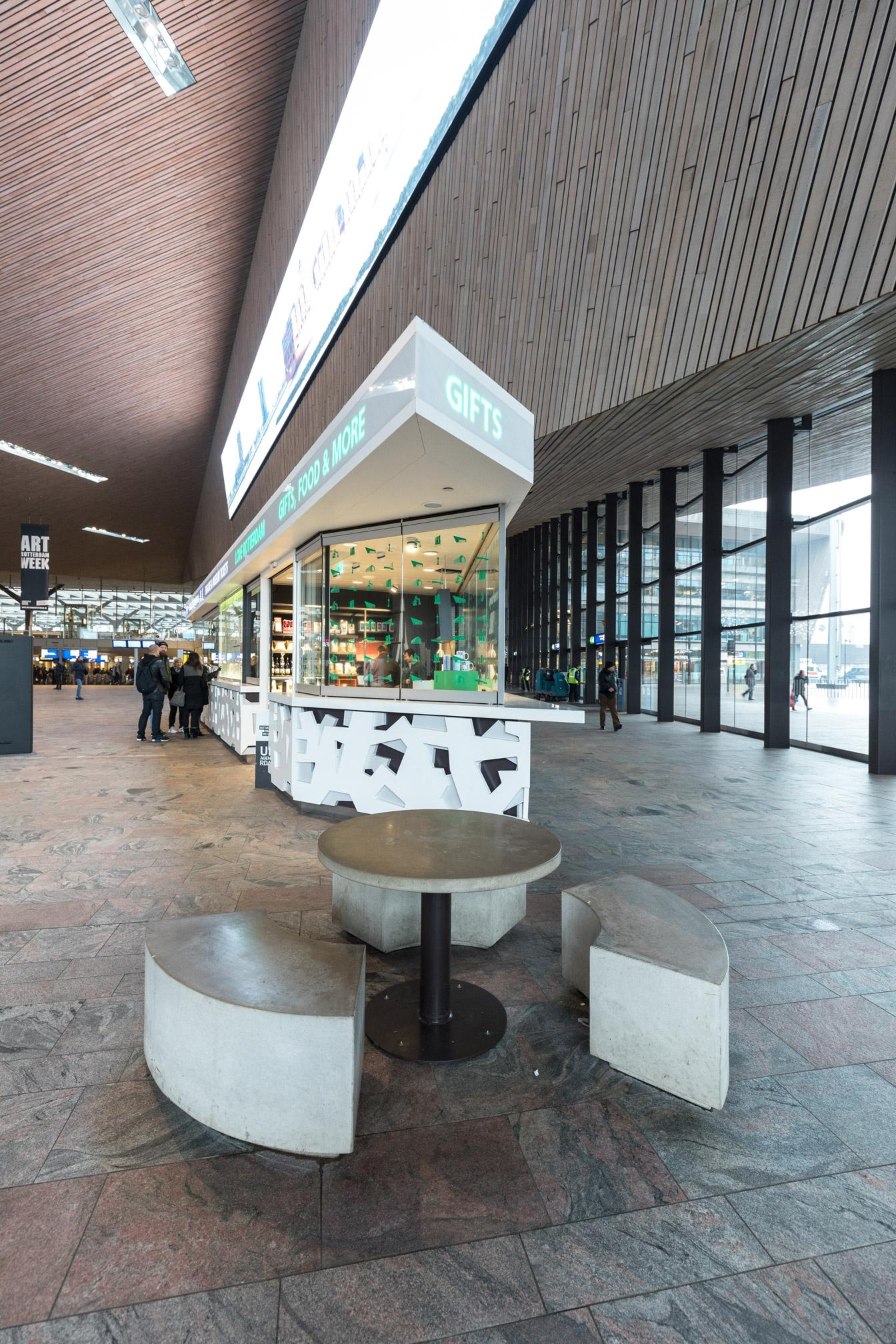 Rotterdam CS Giftshop
