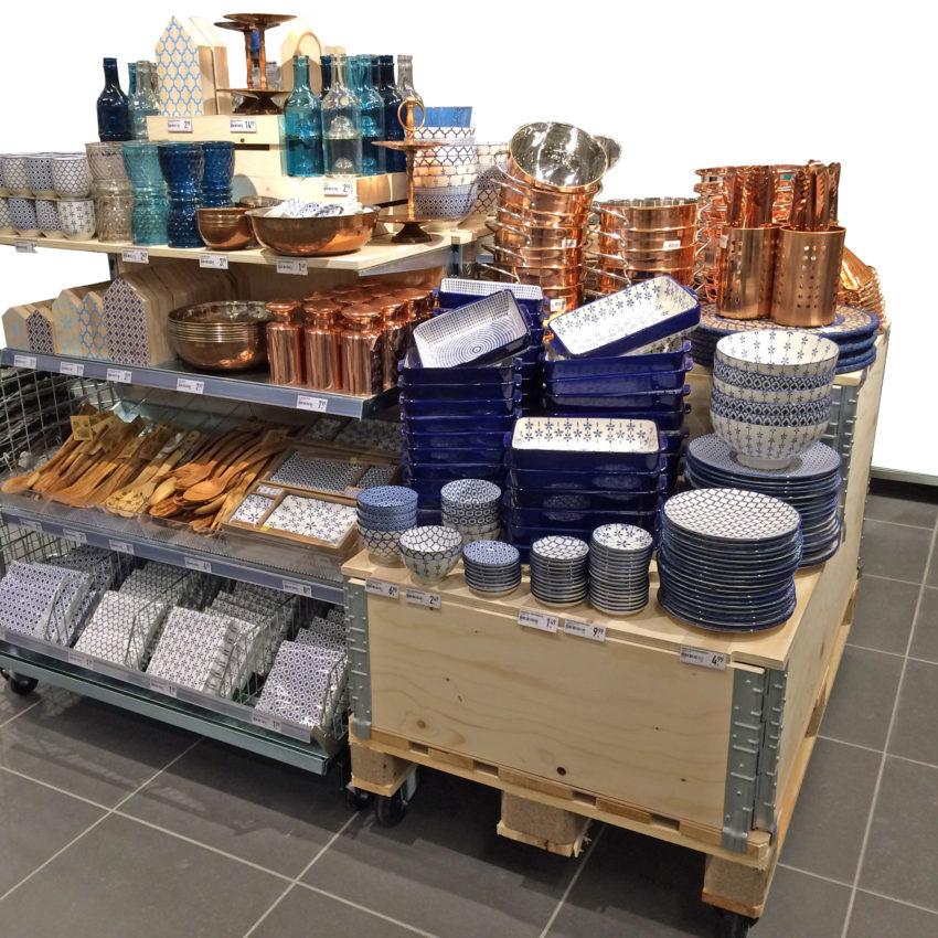 Xenos midden meubel, visual merchandise