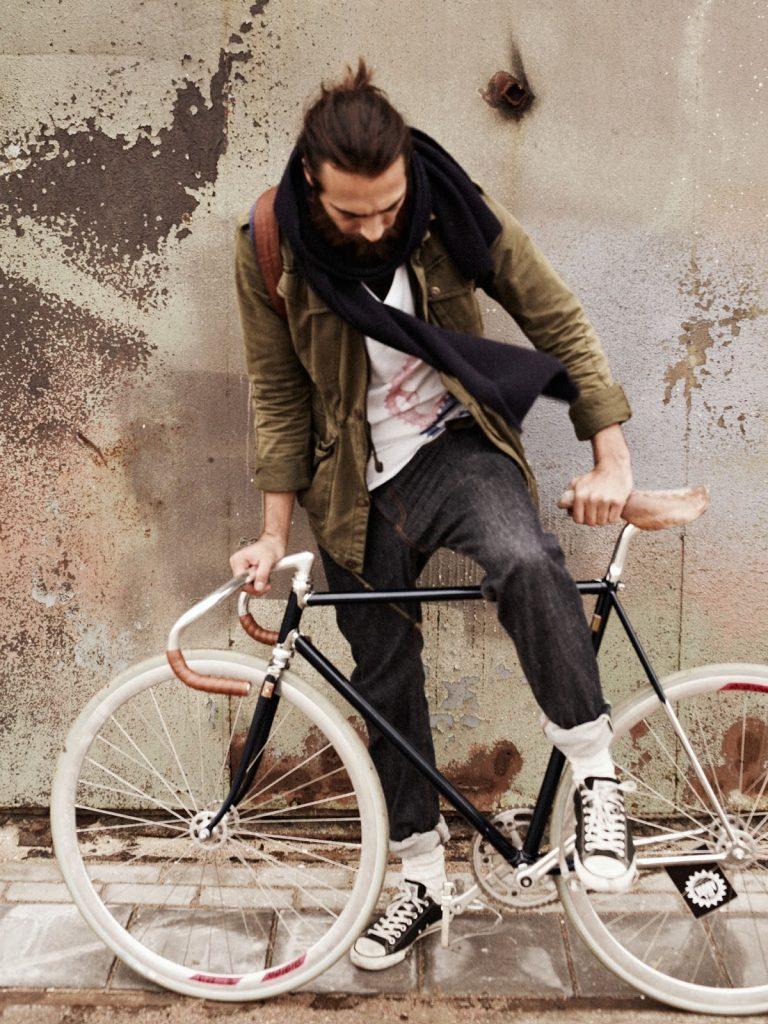 Schiphol Community Cycling man on bike