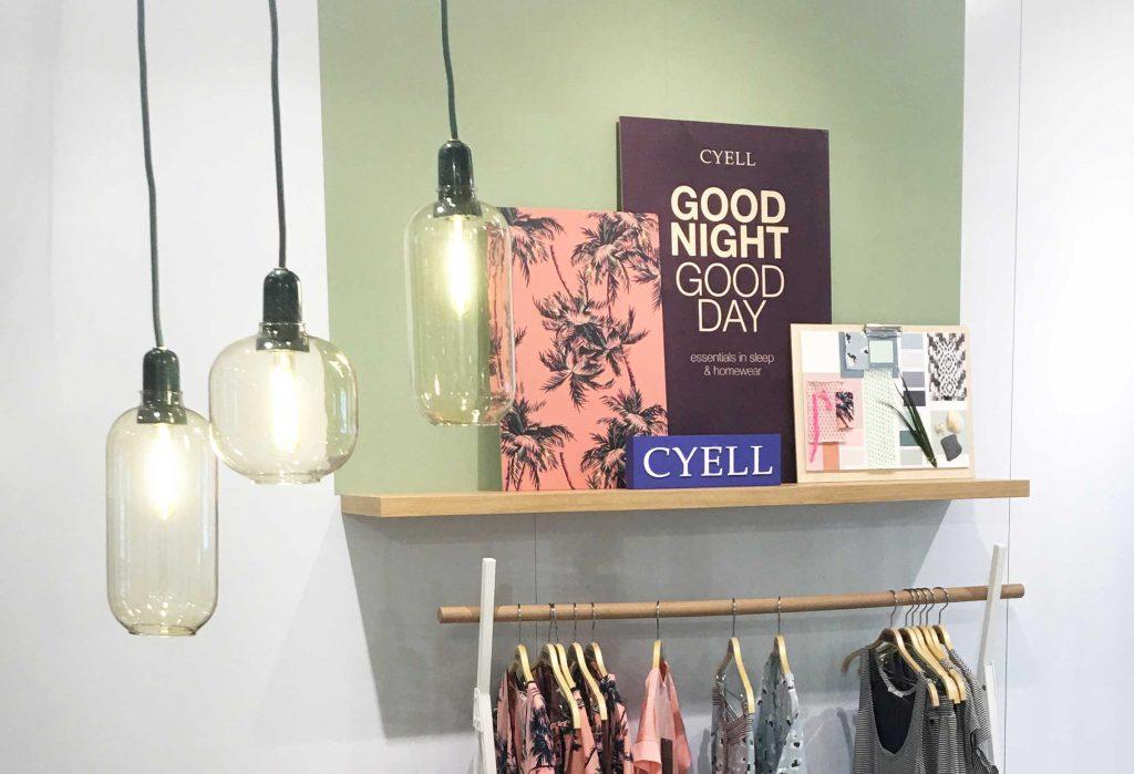 Cyell showroom, presentatie wand